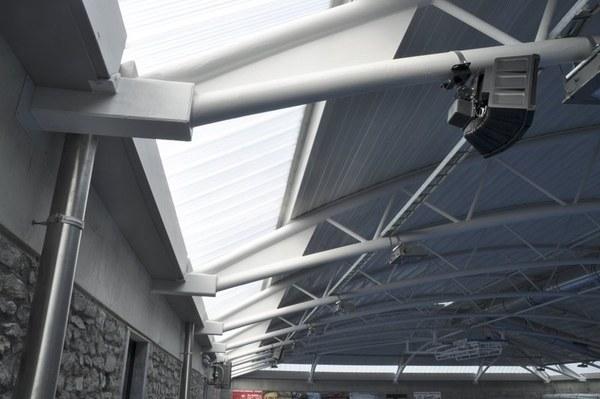 Hall - structure toiture.jpg